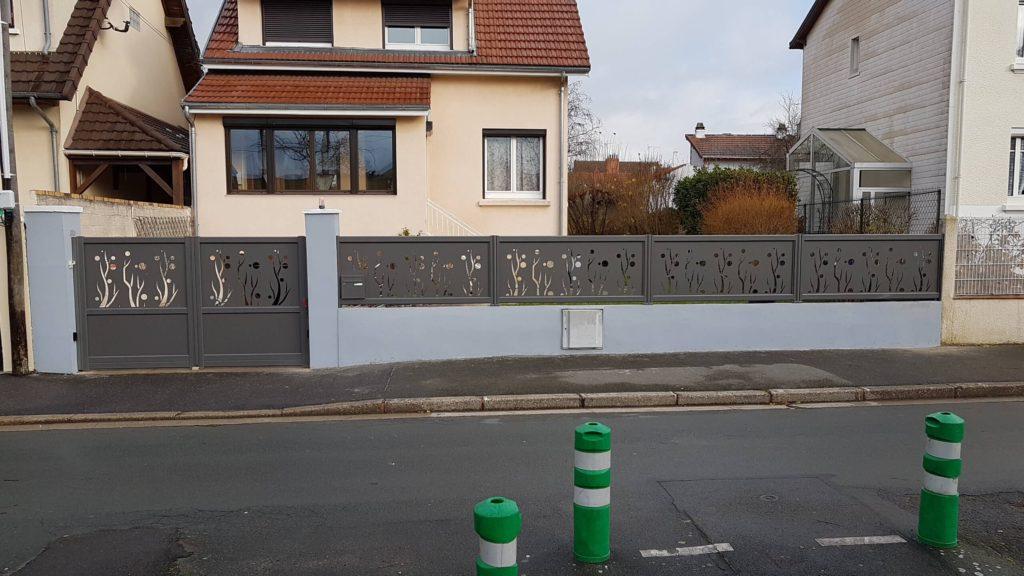 installation portail alu motorise